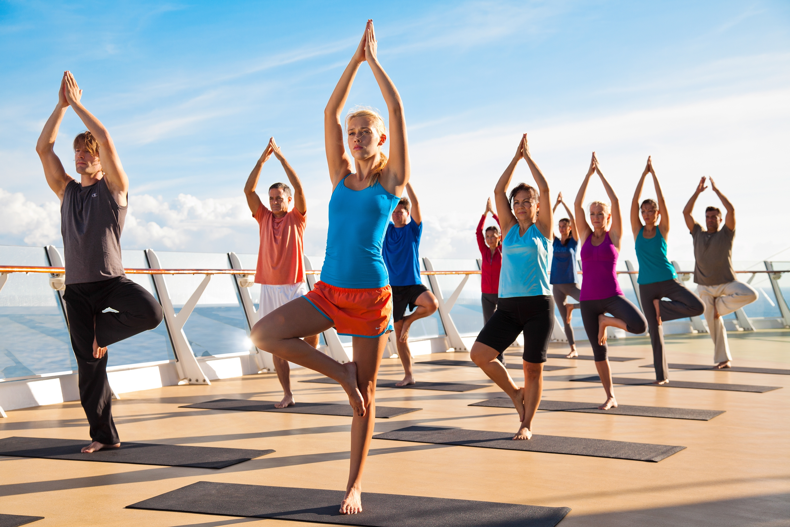 Unison_Turkey_sailing_holiday_yoga_class_group